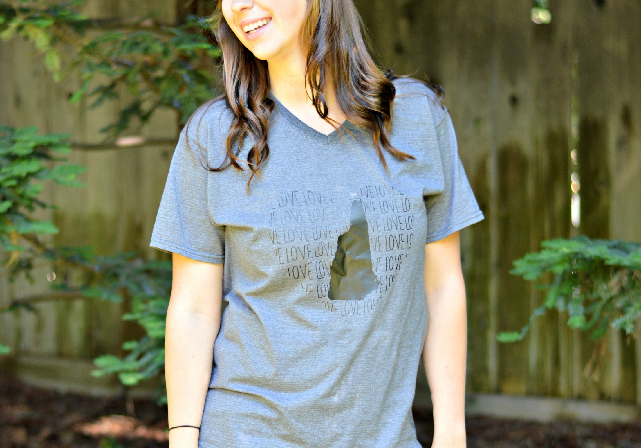State Love Boyfriend Tee from Styled Classy Boutique. Comes in heather grey or white and in all 50 states. // Life is Rosie Blog