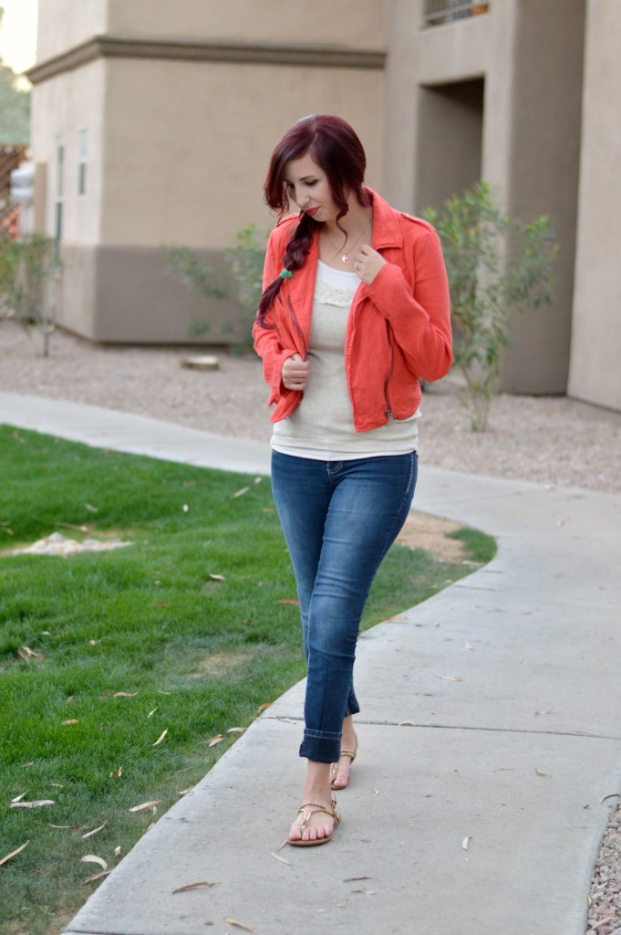 Coral linen Free People Jacket, perfect for spring! Refresh your Spring Wardrobe and save money while doing it using ThredUp // Hey There Chelsie