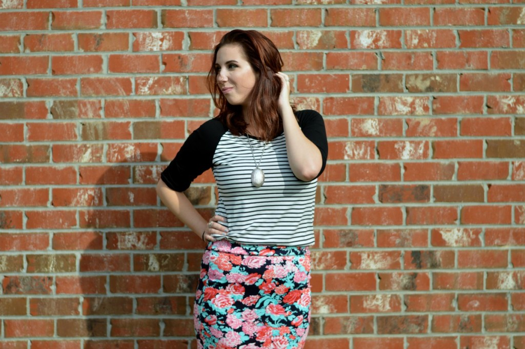 Mixing Patterns: Florals & Stripes // Hey There, Chelsie
