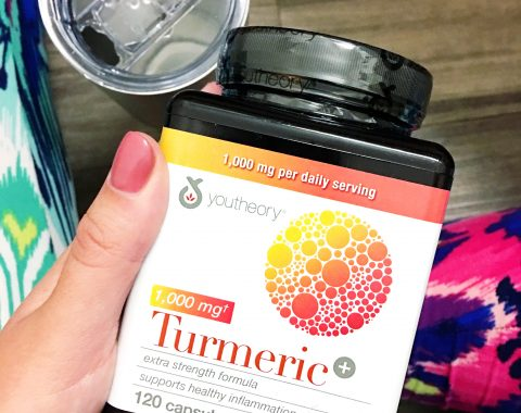 5 Ways to Combat Joint Pain featuring the amazing youtheory® Turmeric Extra Strength capsules! #ad #youtheoryturmeric #costcofinds // Hey There, Chelsie