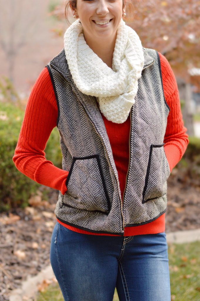 15+ Affordable Fall Outfits to Wear // Sharing my secret to building my Fall 2016 wardrobe on a budget while staying on top of trends. This red sweater and herringbone vest is a great fall outfit and would also work well as a holiday outfit! Get the details on this outfit and 15 more fall outfit ideas here