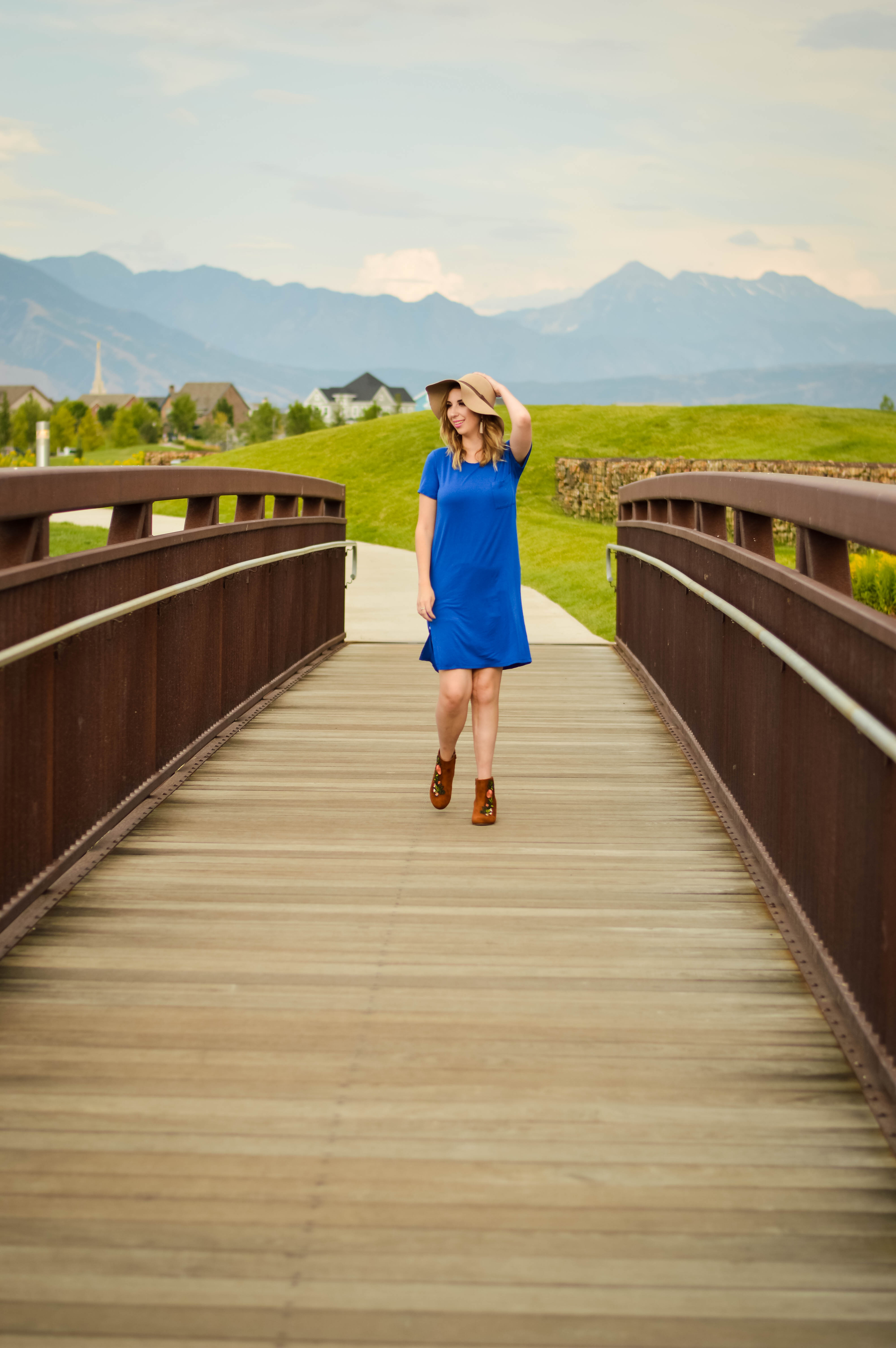 I'm not an Expert; I'm on a Journey - A Salt Lake City Blog // This blue t-shirt dress and brown bootie combo is perfect late summer or early fall // Hey There, Chelsie