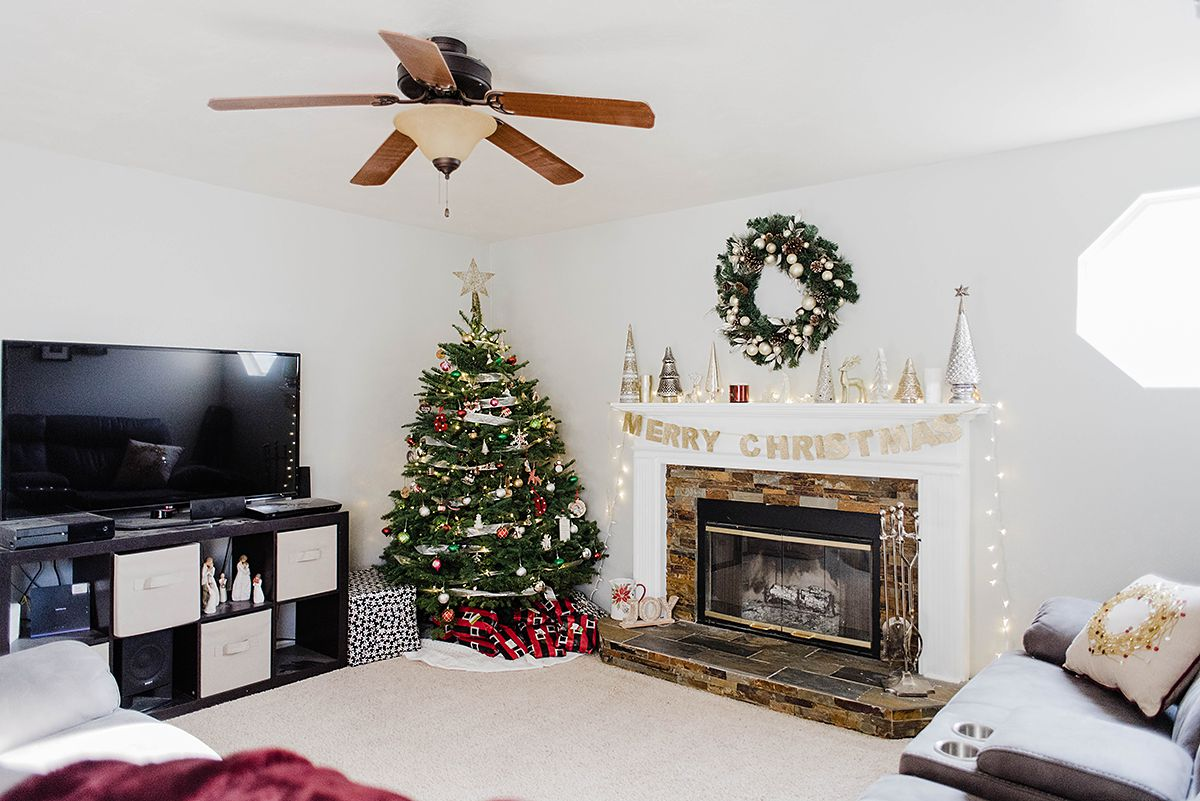 Christmas Home Tour + White Elephant Gift Ideas for EVERYONE - Hey ...