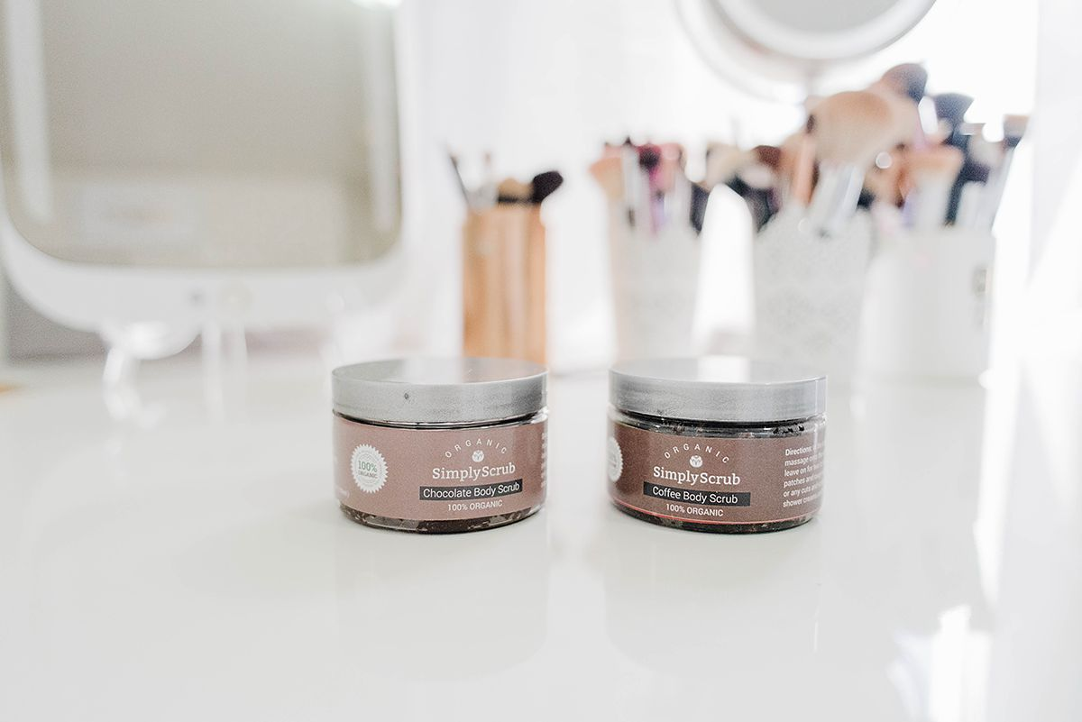 Must Try Beauty Products - Best Body Scrubs // Hey There, Chelsie