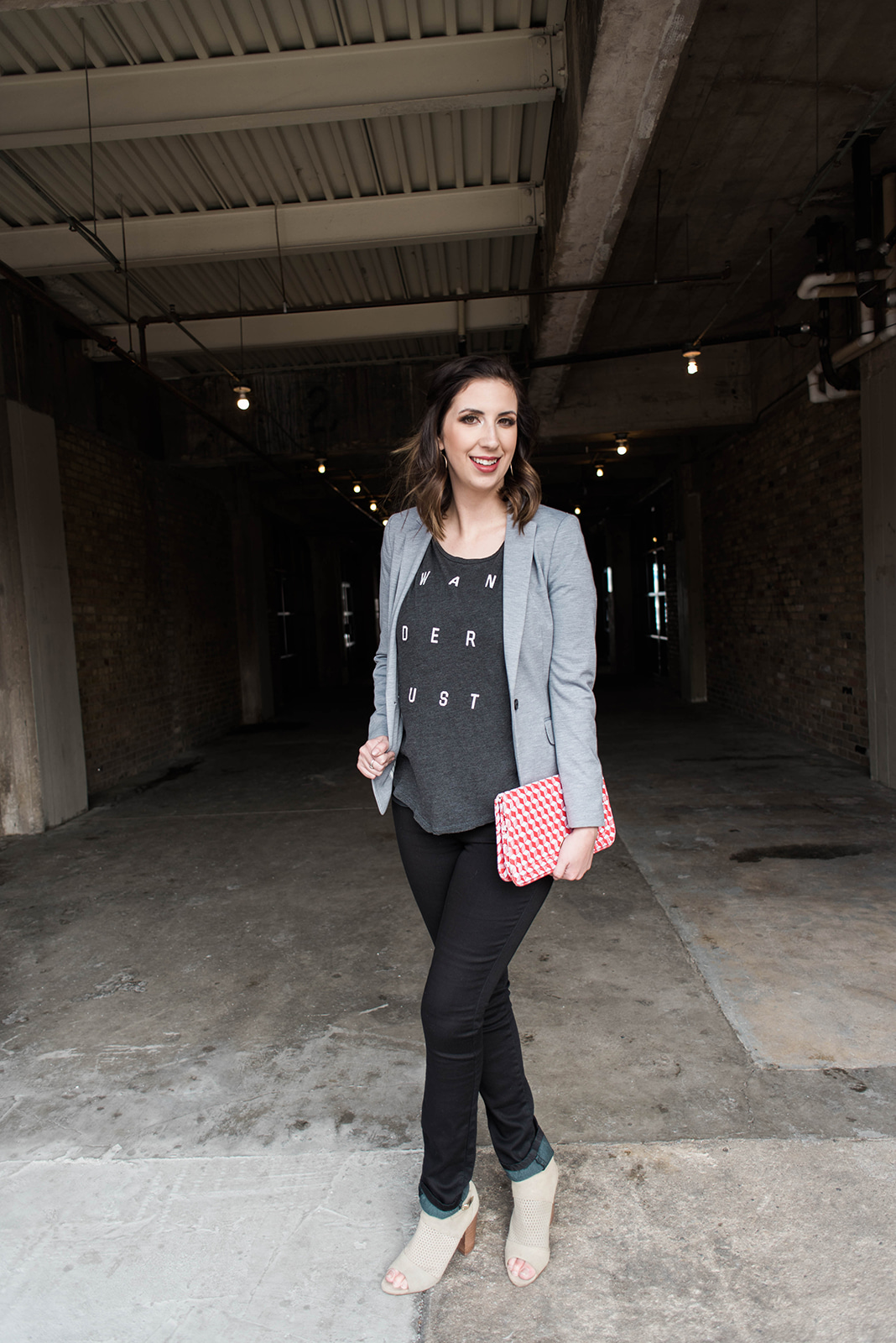 Graphic Tee & Blazer casual look - perfect idea for how to style a graphic tee // Hey There, Chelsie