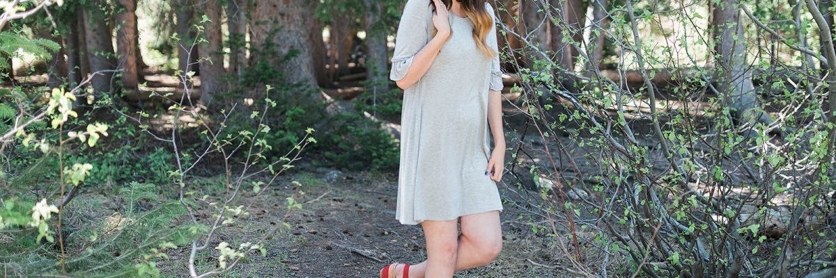 Fourth of July lookbook - 6 modest fourth of july outfit ideas for women // Hey There, Chelsie