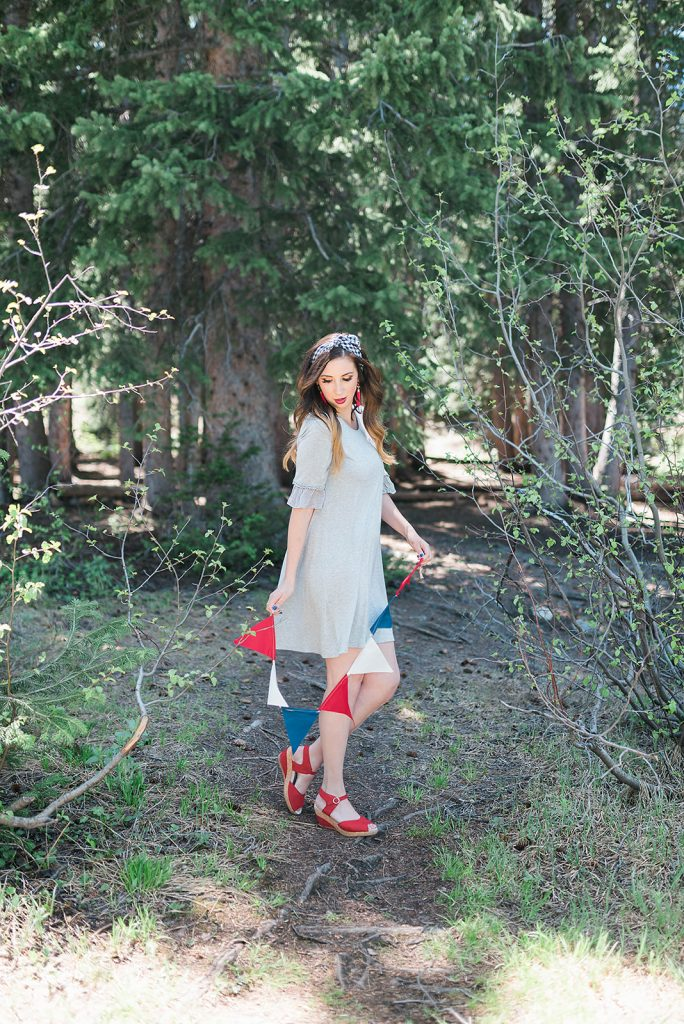 Patriotic Outfit Idea - modest fourth of july outfit // Hey There, Chelsie