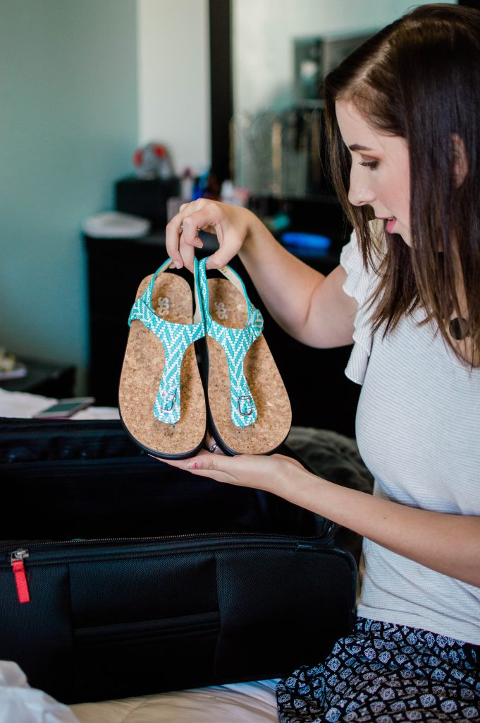 The Best Shoes for a Beach Vacation! SAS Shoes are perfect for a ocean beach vacation // Hey There, Chelsie