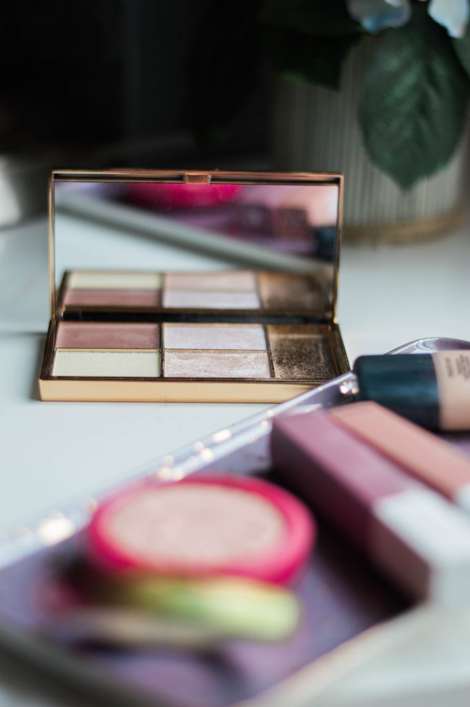 10 All-Time Best Beauty Products at the Drugstore - sharing my favorite drugstore lipstick, drugstore blush, and best drugstore eyeshadow // Hey There, Chelsie - a Utah Beauty Blog