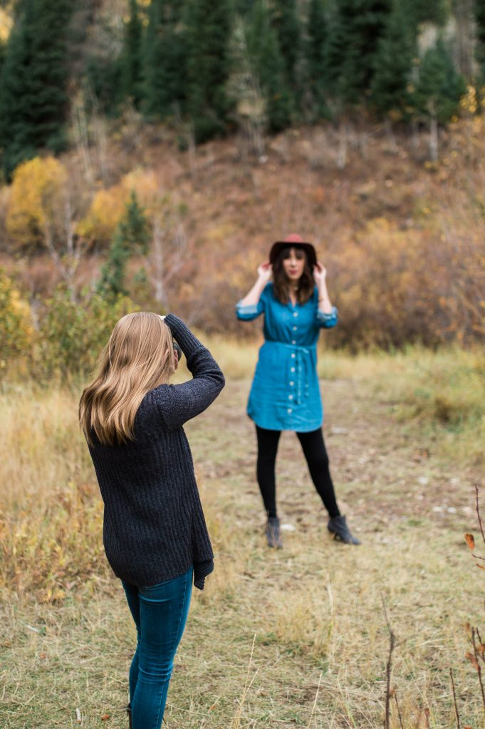 Best Blogging Investments to Make for your LIfestyle Blog - Utah Blogging photographer, Sadie Banks and Utah Lifestyle blogger, Chelsie, pose together in the Cottonwood Canyon in Utah // Hey There, Chelsie