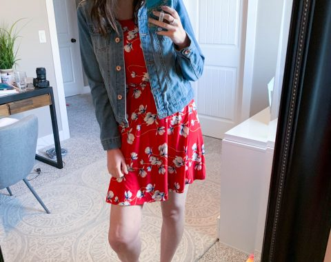 Summer Stitch Fix 2019 - Cruise Edition // This summer Stitch Fix Unboxing and review will show you what summer pieces I got for my cruise and which pieces I Kept // Hey There, Chelsie